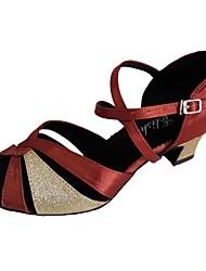 Недорогие -Обувь для латины Сатин На каблуках Каблуки на заказ Персонализируемая Танцевальная обувь Кофейный