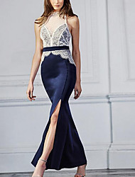 Недорогие -Жен. Кружева Платье - Однотонный С высокой талией Хальтер Макси