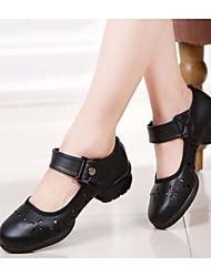 preiswerte -Damen Schuhe Leder Frühling Herbst Komfort High Heels Blockabsatz für Normal Schwarz Rot