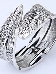 Недорогие -Жен. Браслет разомкнутое кольцо - В форме листа лакомство, Винтаж, европейский Браслеты Серебряный Назначение Для вечеринок