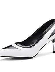 Недорогие -Жен. Обувь Дерматин Весна / Осень Оригинальная обувь / Туфли лодочки Обувь на каблуках На шпильке Заостренный носок Белый / Черный