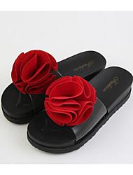 preiswerte -Damen Schuhe PVC Frühling Sommer Komfort Sandalen Flacher Absatz für Normal Schwarz Rot Grün