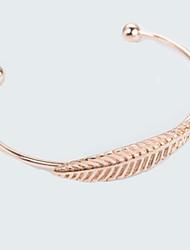 abordables -Femme Manchettes Bracelets Mode Adorable Alliage Forme de Feuille Bijoux Quotidien Sortie Bijoux de fantaisie Or Argent Or Rose