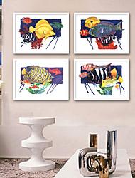 Недорогие -Пейзаж Животные Иллюстрации Предметы искусства,Пластик материал с рамкой For Украшение дома Предметы искусства в рамках Гостиная