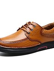 baratos -Homens Sapatos de Condução Couro Primavera / Verão Conforto Oxfords Castanho Claro / Castanho Escuro
