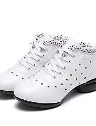 """abordables -Femme Baskets de Danse Cuir Basket De plein air Couture en Dentelle Évidé Talon Plat Blanc 1 """"- 1 3/4"""" Personnalisables"""