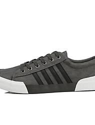 preiswerte -Herrn Schuhe PU Frühling Herbst Komfort Sneakers für Normal Schwarz Grau Braun