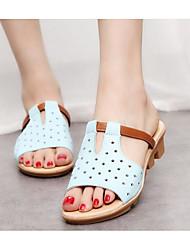 Недорогие -Жен. Обувь Полиуретан Весна Осень Удобная обувь Сандалии На плоской подошве для Белый Черный Светло-синий