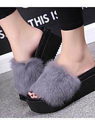 baratos -Mulheres Sapatos Flocagem Outono Inverno Conforto Chinelos e flip-flops Salto Baixo para Casual Preto Cinzento Vermelho