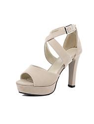preiswerte -Damen Schuhe Nubukleder Frühling / Sommer Pumps Sandalen Blockabsatz Peep Toe Schnalle Schwarz / Mandelfarben
