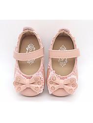 baratos -Para Meninas sapatos Courino Primavera Outono Primeiros Passos Conforto Rasos para Casual Branco Preto Rosa claro