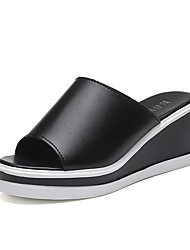 cheap -Women's Shoes PU(Polyurethane) Spring / Summer Comfort Sandals Low Heel White / Black