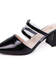 Недорогие -Жен. Обувь Полиуретан Весна Лето Удобная обувь Башмаки и босоножки На толстом каблуке Заостренный носок для Черный Миндальный