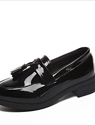 cheap -Women's Shoes Patent Leather Spring Comfort Loafers & Slip-Ons Low Heel Round Toe for Outdoor Black / Burgundy