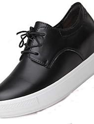 baratos -Mulheres Sapatos Pele Primavera / Outono Conforto Oxfords Sem Salto Botas Cano Médio Preto / Vermelho
