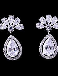 abordables -Femme Zircon Boucles d'oreille goujon / Boucles d'oreille goutte - Mode, Elégant Blanc Pour Mariage / Soirée