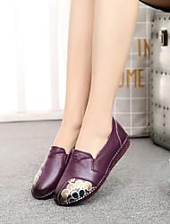 baratos -Mulheres Sapatos Couro Primavera / Outono Conforto Rasos Sem Salto Preto / Roxo / Vermelho