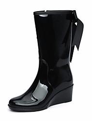 Недорогие -Жен. Кожа ПВХ  Осень Резиновые сапоги Ботинки Туфли на танкетке Черный / Миндальный
