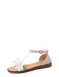 baratos -Mulheres Sapatos Poliuretano Verão Conforto Sandálias Salto Baixo para Ao ar livre Branco / Marron