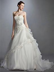abordables -Princesse Coeur Traîne Tribunal Dentelle / Organza Robes de mariée sur mesure avec Billes / Appliques / Ceinture / Ruban par LAN TING BRIDE®