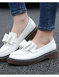 cheap -Women's Shoes Leatherette Spring Comfort Loafers & Slip-Ons Low Heel Round Toe for Outdoor White / Black / Pink