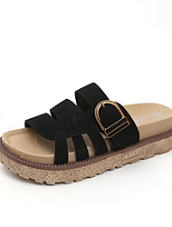 baratos -Mulheres Sapatos Camurça Verão Conforto Chinelos e flip-flops Sem Salto Ponta Redonda Preto / Bege