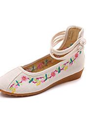 Недорогие -Жен. Полотно Весна Удобная обувь На плокой подошве На низком каблуке Белый / Черный / Красный