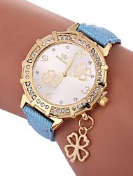 Недорогие -Xu™ Жен. Нарядные часы Наручные часы Кварцевый Творчество Повседневные часы Милый PU Группа Аналоговый Листья Мода Черный / Белый / Синий - Зеленый Синий Золотистый Один год Срок службы батареи