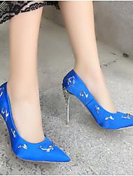 baratos -Mulheres Sapatos Cetim Primavera Verão Plataforma Básica Saltos Calcanhar Heterotípico Dedo Apontado Miçangas Cinzento / Vermelho / Azul / Festas & Noite