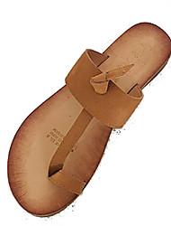 povoljno -Žene Cipele PU Ljeto Sandale s remenom oko palca Papuče i japanke Ravna potpetica Crn / Badem / Tamno smeđa