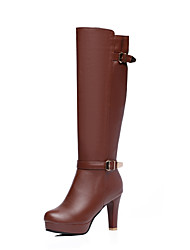 baratos -Mulheres Sapatos Couro Sintético Outono & inverno Botas da Moda Botas Salto Cone Ponta Redonda Botas Cano Alto Presilha Branco / Preto / Marron
