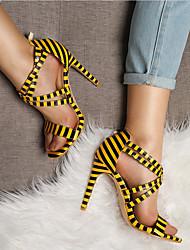 baratos -Mulheres Sapatos Couro Ecológico Outono & inverno Plataforma Básica Sandálias Salto Agulha Dedo Aberto Branco / Amarelo