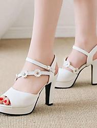 Недорогие -Жен. Полиуретан Весна Удобная обувь Сандалии На толстом каблуке Белый / Черный / Розовый