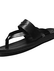 Недорогие -Муж. Кожа Лето Удобная обувь Тапочки и Шлепанцы Черный