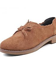baratos -Mulheres Sapatos Pele Napa Outono Conforto Oxfords Salto Baixo Preto / Castanho Claro