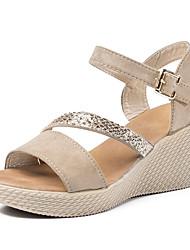 povoljno -Žene Cipele Brušena koža Ljeto Remen oko gležnja Sandale Wedge Heel Okrugli Toe Crn / Crvena / Deva