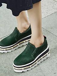 Недорогие -Жен. Обувь Конский волос Лето Удобная обувь Мокасины и Свитер Микропоры Круглый носок Черный / Зеленый