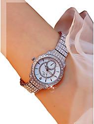 abordables -Femme Montre Bracelet Quartz Chronographe Lumineux Montre Décontractée Alliage Bande Analogique Rigide Elégant Argent - Argent / Imitation de diamant