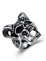 preiswerte -Herrn Vintage Stil / 3D Bandring / Statement-Ring - Titanstahl Kreativ Einzigartiges Design, Retro, Punk 8 / 9 Schwarz Für Alltag / Strasse
