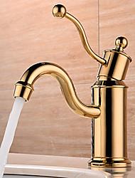 Недорогие -Ванная раковина кран - Широко распространенный / Новый дизайн Золотой Настольная установка Одной ручкой одно отверстиеBath Taps