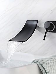 Недорогие -Ванная раковина кран - Водопад / Новый дизайн Окрашенные отделки / черный На стену Одной ручкой Два отверстияBath Taps