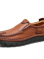 Недорогие -Муж. Официальная обувь Наппа Leather Осень Винтаж / На каждый день Мокасины и Свитер Массаж Черный / Коричневый