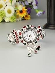 Недорогие -FEIS Жен. Часы-браслет Кварцевый Серебристый металл Секундомер Аналого-цифровые Дамы Мода - Камуфляж Зеленый