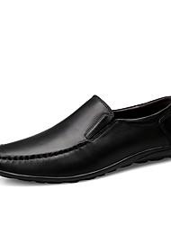 baratos -Homens Sapatos de couro Pele Napa Inverno Clássico / Casual Tênis Absorção de choque Preto / Castanho Escuro / Festas & Noite