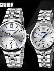 Недорогие -SKMEI Для пары Нарядные часы Японский Кварцевый Японский кварц Нержавеющая сталь Серебристый металл 30 m Защита от влаги Календарь Фосфоресцирующий Аналоговый Роскошь Классика Gunmetal Watch -