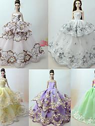 Недорогие -Прицесса Платье 5 pcs Для Barbiedoll Зеленый с белым Тюль / Кружево / Шелково-шерстяная ткань Платье Для Девичий игрушки куклы