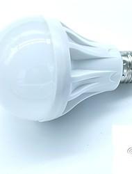 Недорогие -1 шт. Управления звуком светодиодная лампа e27 светодиодная лампа голосовой активации интеллектуальный светодиодный датчик холодный белый ac180-240v