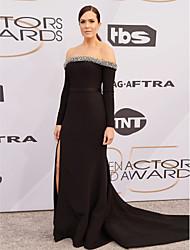 Χαμηλού Κόστους -Τρομπέτα / Γοργόνα Ώμοι Έξω Μακριά ουρά Ελαστικό Σατέν Επίσημο Βραδινό Φόρεμα με Με Άνοιγμα Μπροστά με TS Couture®