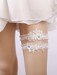 ราคาถูก -ลูกไม้ เกี่ยวกับเจ้าสาว Wedding Garter กับ เข็มกลัด / รัฟเฟิล / คริสตัล / พลอยเทียมต่างๆ สายรัด งานแต่งงาน / ปาร์ตี้
