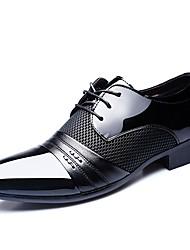 Недорогие -Муж. Официальная обувь Полиуретан Весна лето Деловые / Классика Туфли на шнуровке Дышащий Черный / Вино / Коричневый / Платья